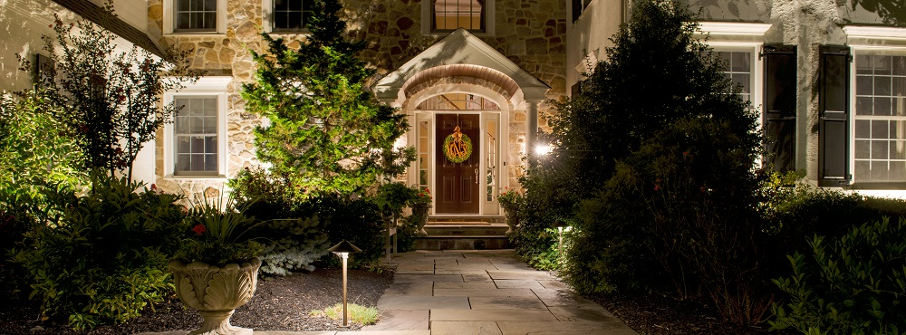 How to Choose Outdoor Lighting Options for Enjoyment and Safety