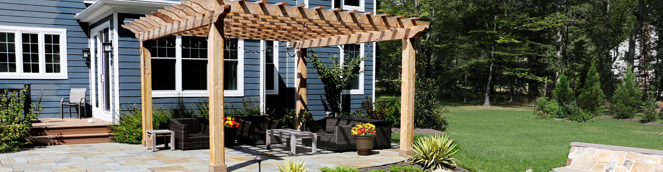 3 Structures That Enhance Your Outdoor Space