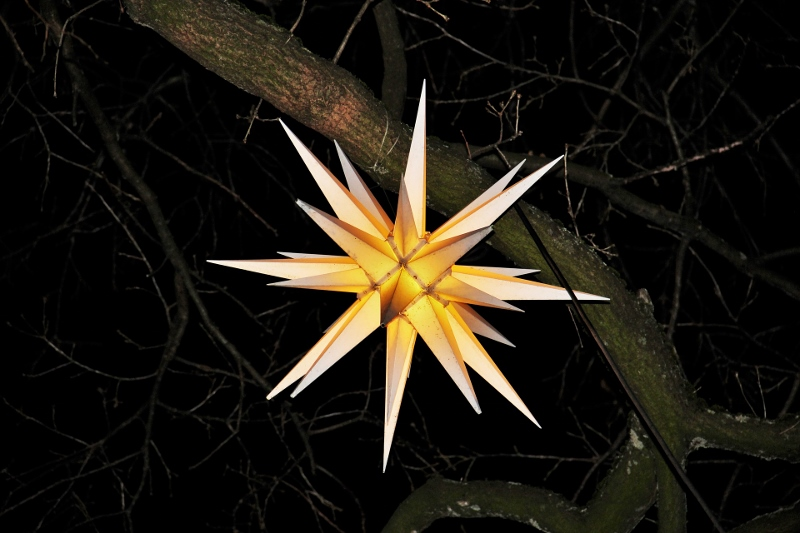 Moravian star, Pennsylvania holiday traditions, Burkholder
