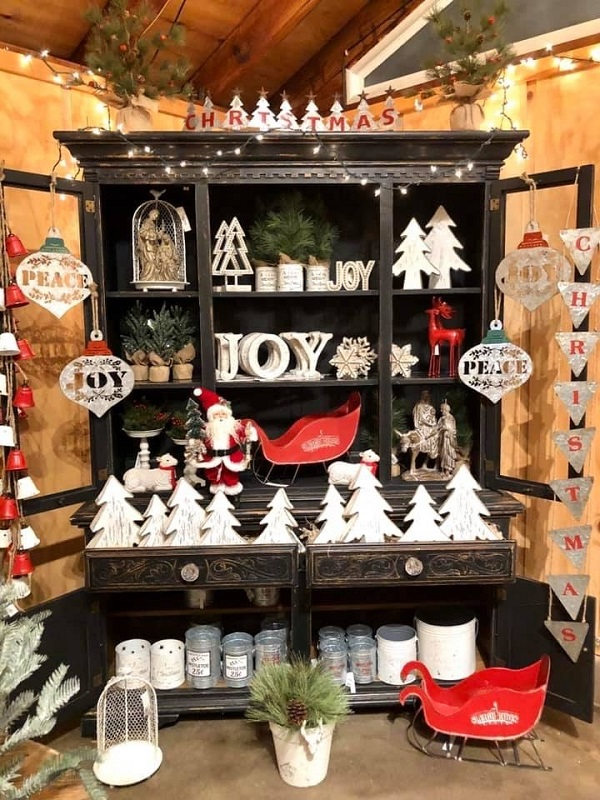 Holiday figurines and ornaments at Burkholder Holiday Market | Stocking Stuffer Ideas | Burkholder Brothers